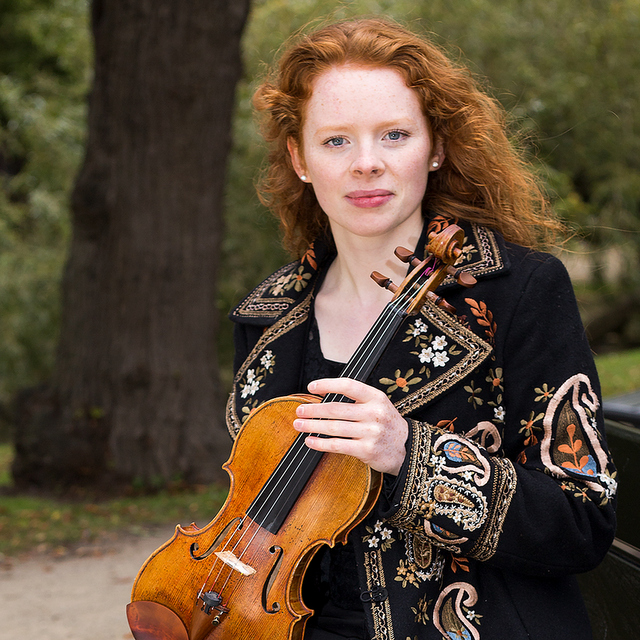 Fiona Robertson - © Karin Luhrs